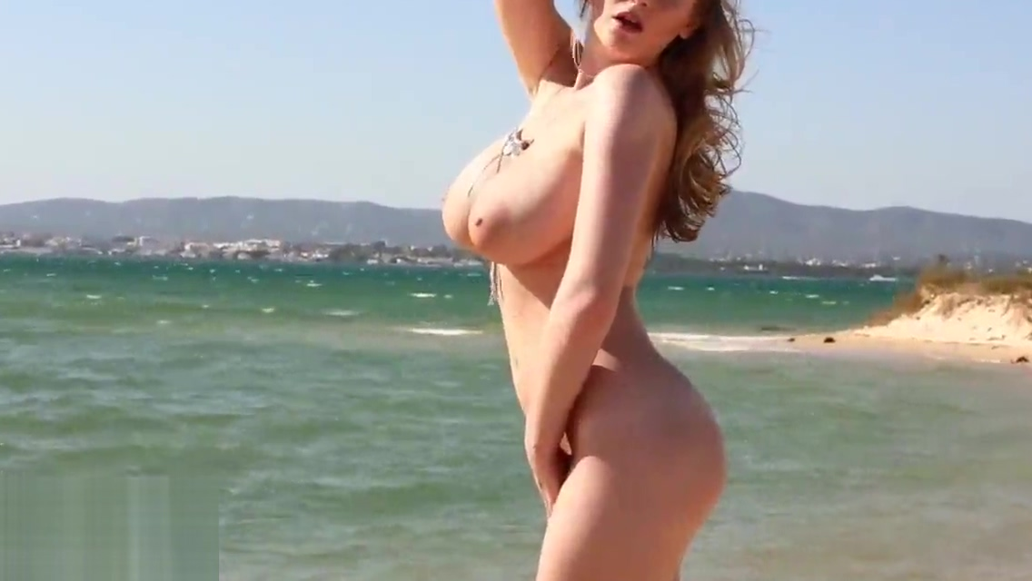 Beth Lily - On the beach Blue