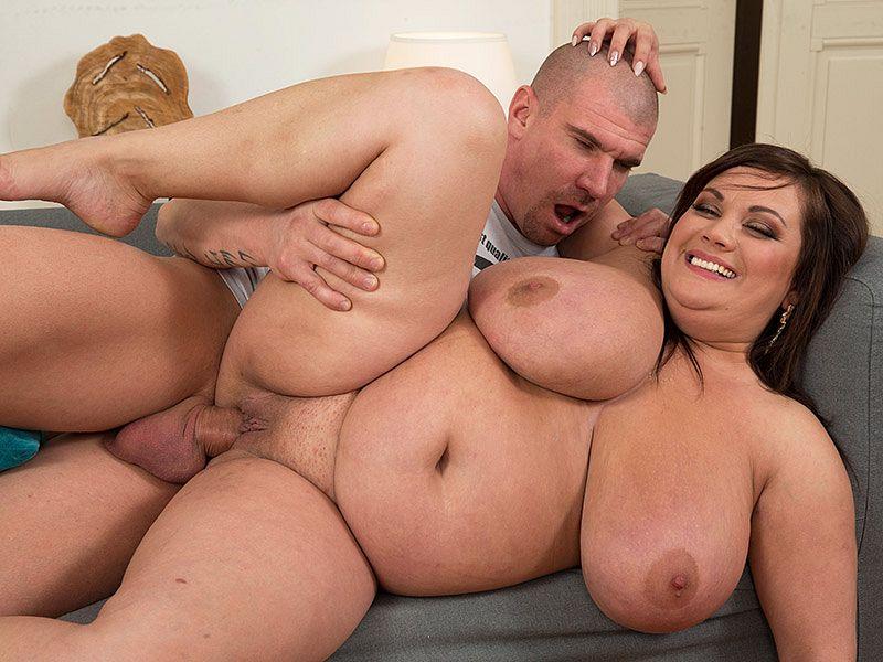 Pleasures of a Hot Lady - Nila Mason and Max Born - XLGirls