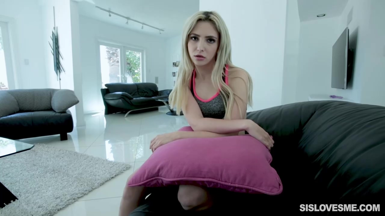 Hot blonde babe Jane Wilde is spreading her pussy and getting rammed on a lazy Saturday afternoon