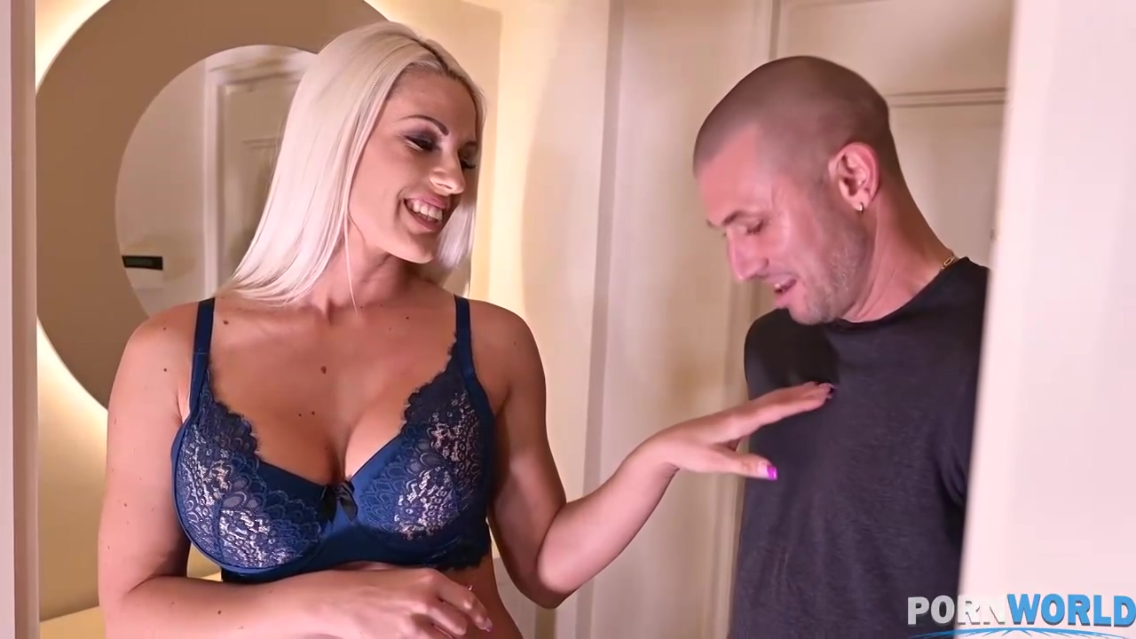 Anal sex loving, blonde milf with big tits, Blanche Bradburry cheated on her husband the other day