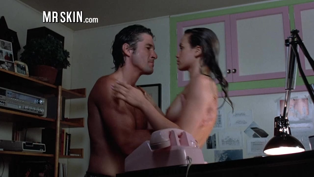 Aubrey Plaza Makes her Nude Debut in Ned Rifle - Mr.Skin