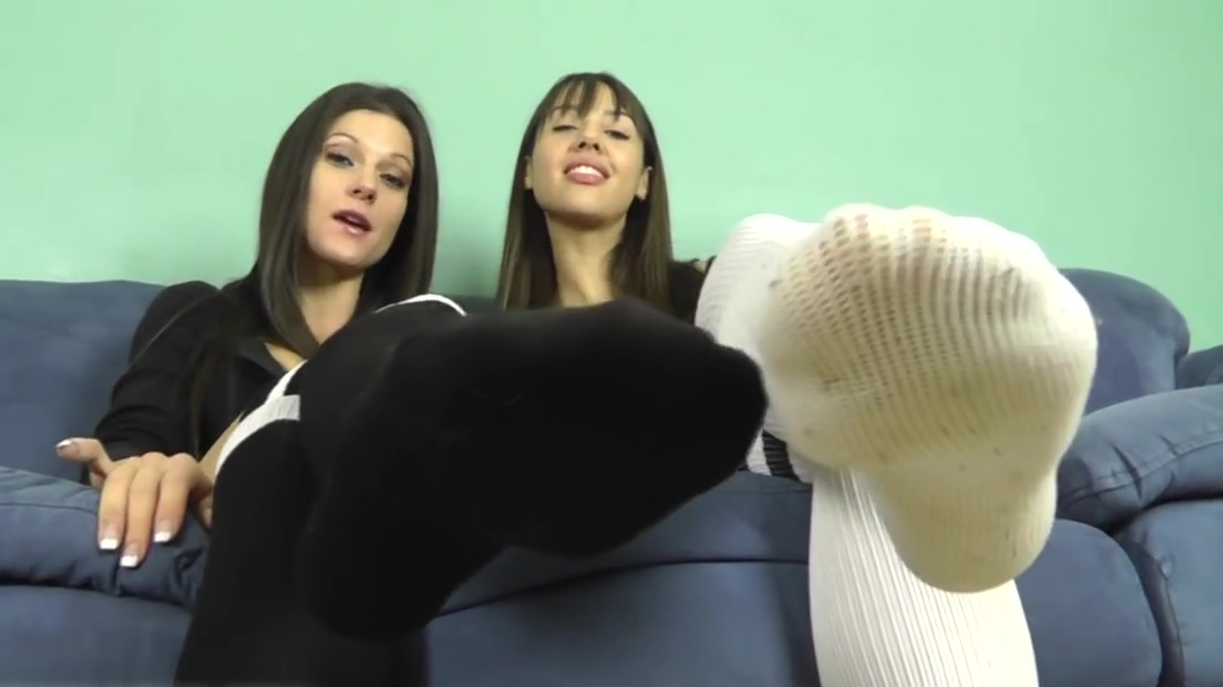 At Mandy and Ceara Feet (23 March, 2013) Mandy Flores