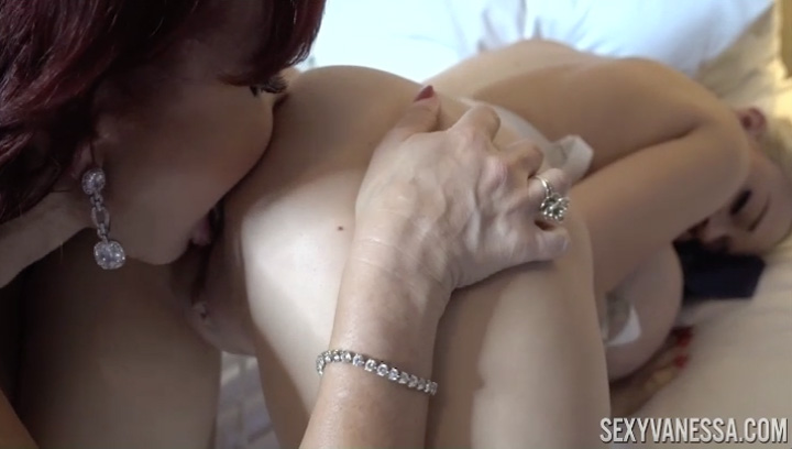 Sexy Vanessa and Hot Big Boob Blonde Dolly Fox - SexyVanessa