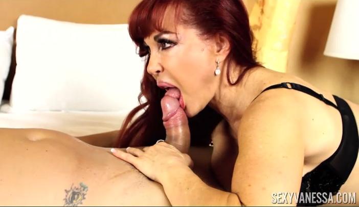 Sexy Vanessa Rims Janet Mason's Ass - SexyVanessa