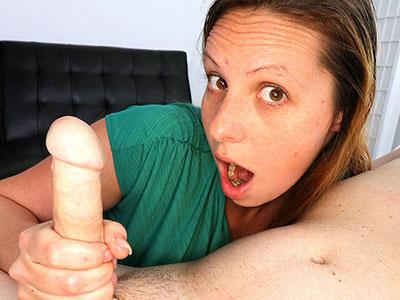 Zoe Rae: Make Him Spurt