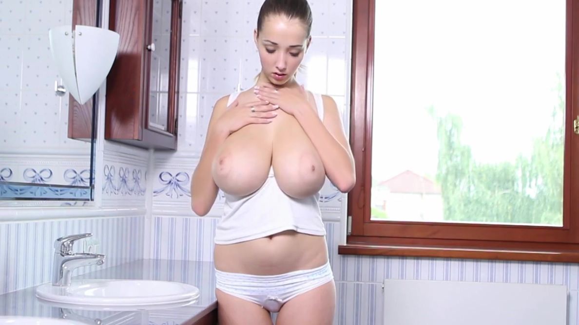 Lucie Wilde In 166. Busty Sexy Lucie Plays With A Pussy