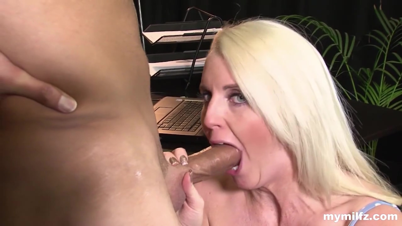 Lexi Lou - Milf Hungry For Cock