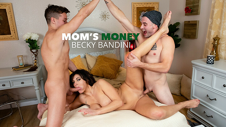 MILF Becky Bandini gets tag teamed by college boys - naughtyamerica