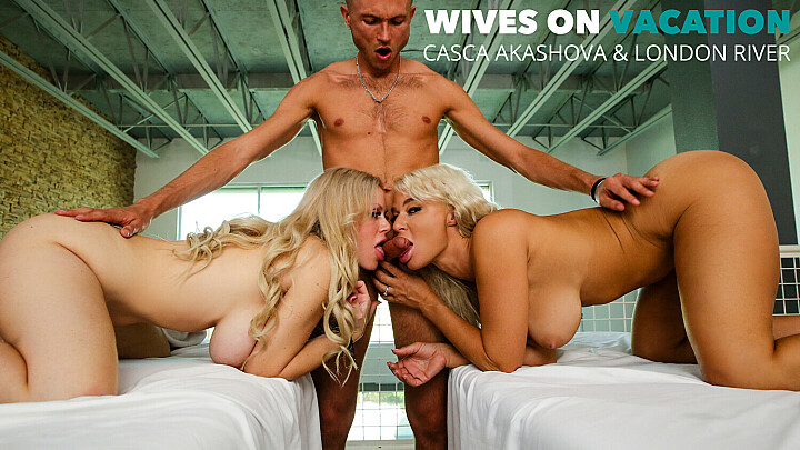 Casca Akashova and London River get a full service from their masseur - naughtyamerica