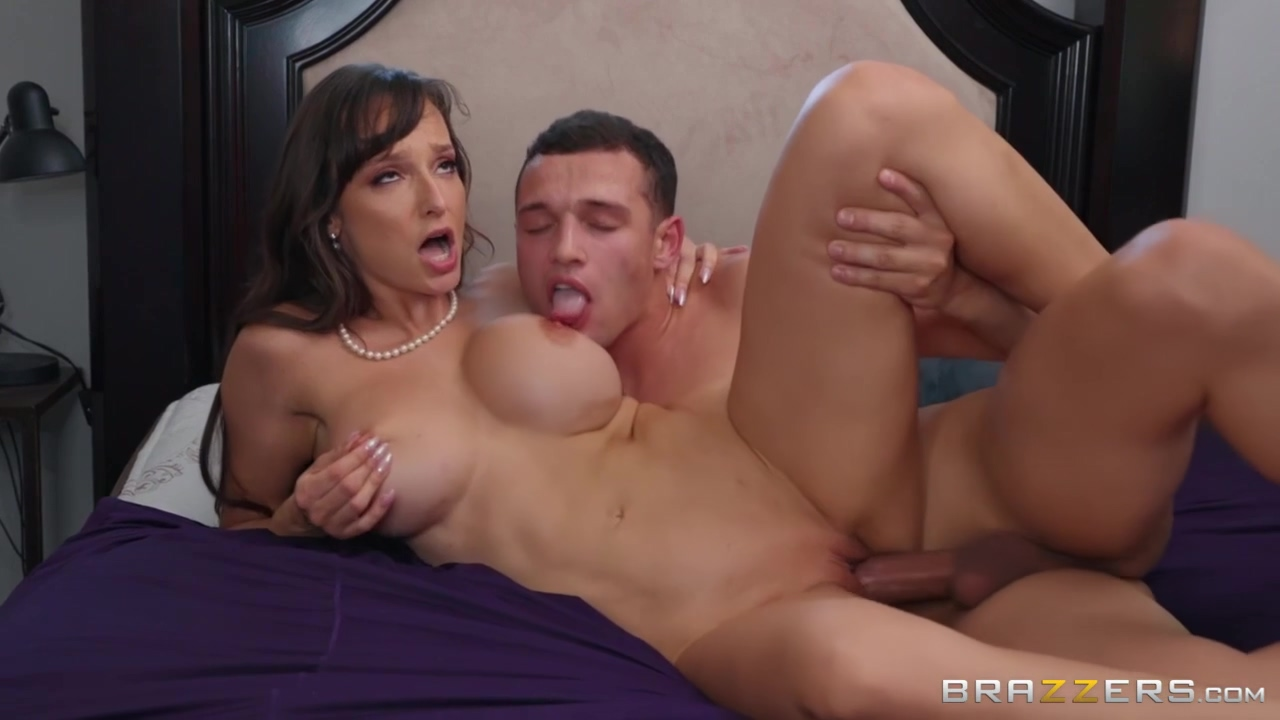 Fucked Mom Of Best Friend With Johnny Castle, Lexi Luna And Johnny The Kid