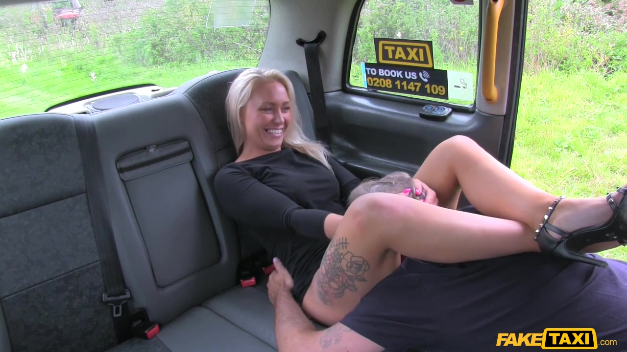 Gorgeous Milf Gets Pounded In The With Nova Shields