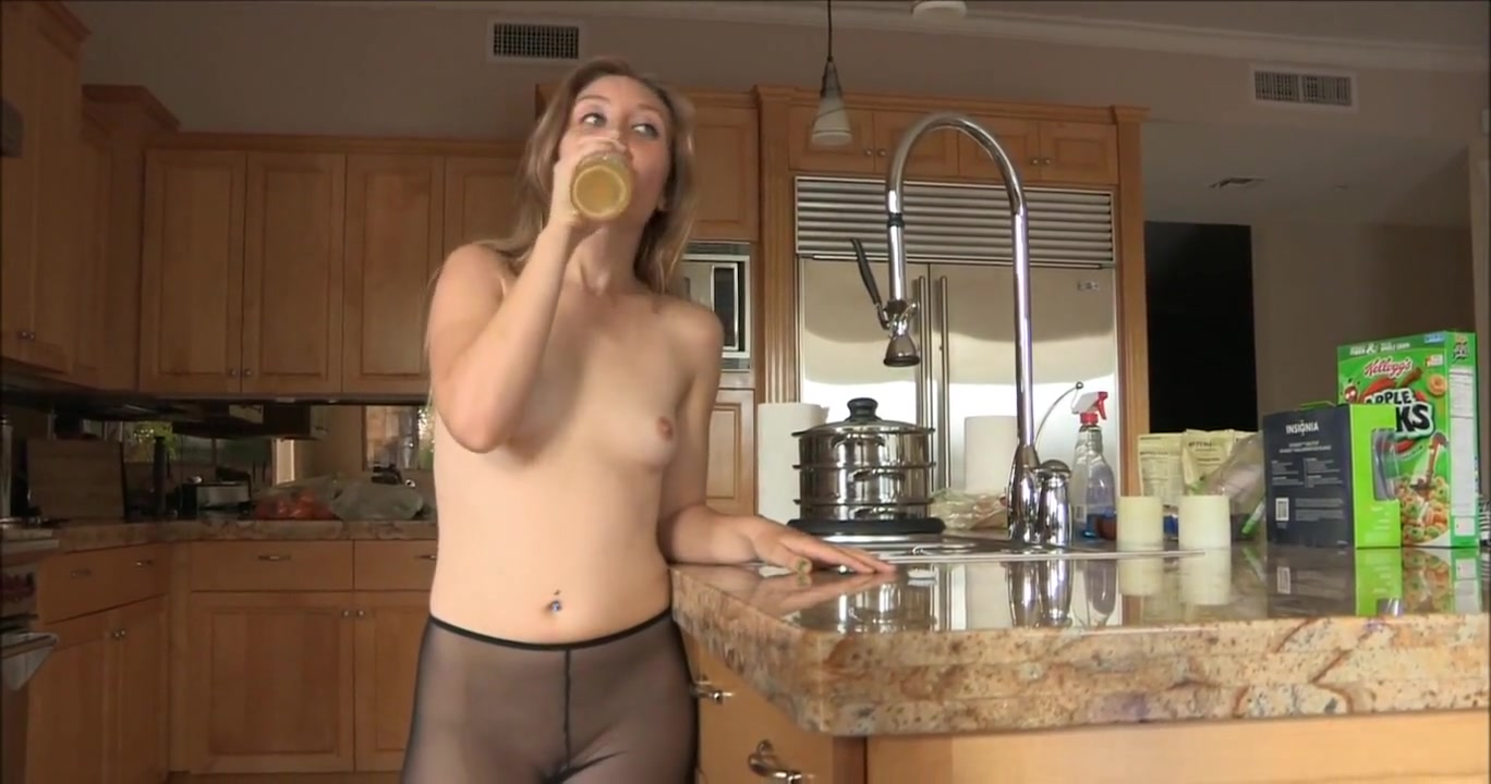 Brianna fucks herself with a bottle