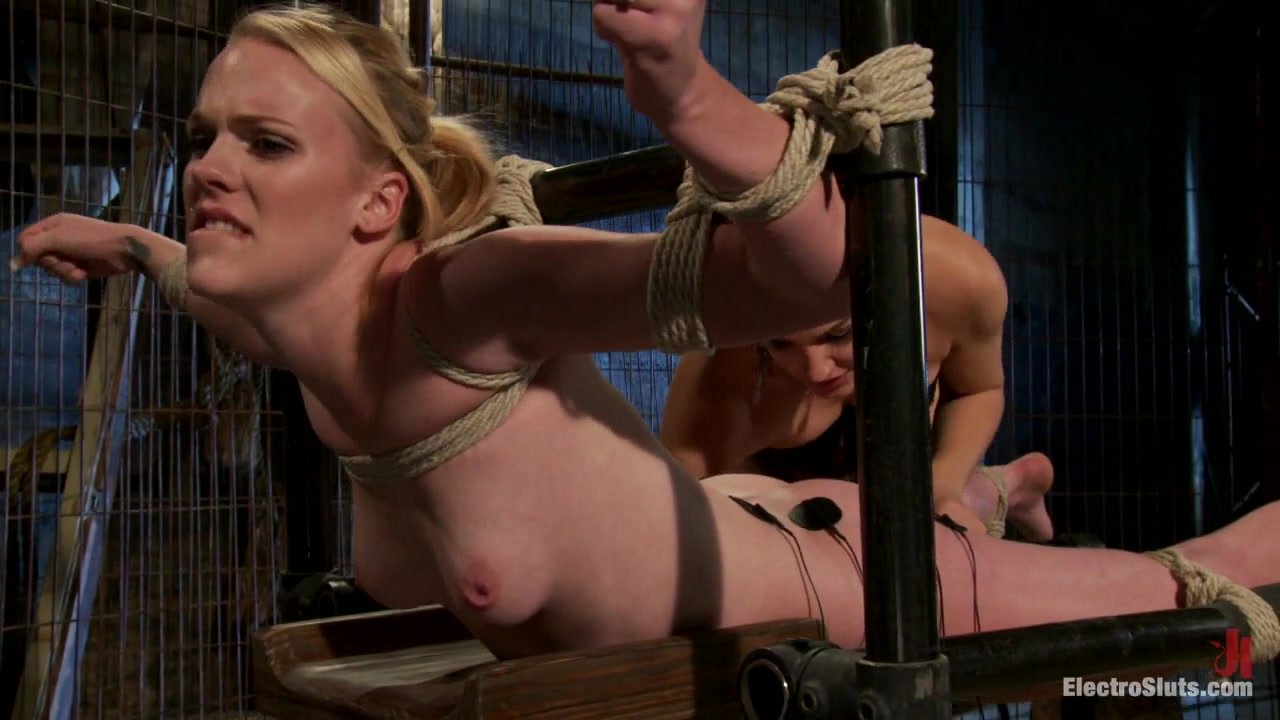 Hydii May Bobbi Starr in New To Porn, Very New To Electricity - Electrosluts