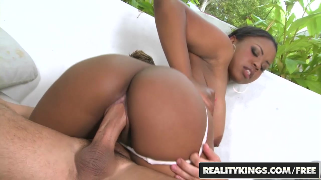 RealityKings - Round and Brown - Laylani Star Voodoo - Buttabulous