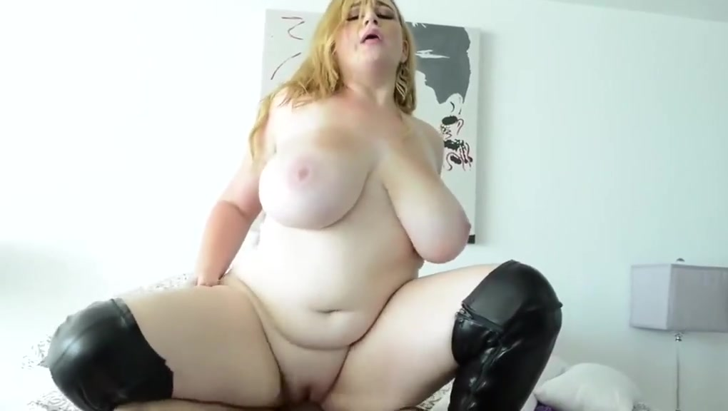 lovely chubby wife fucked in the bed