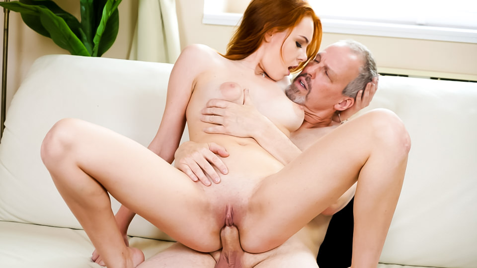 Candy Red in Sex Is Better Than Hiking - 21Sextreme